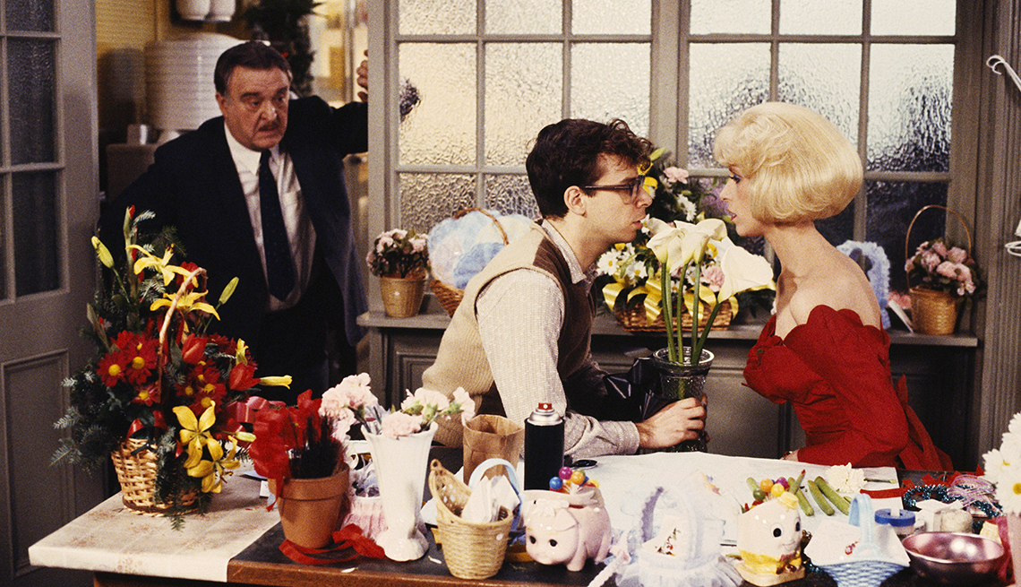 Rick Moranis and Ellen Greene on the set of the film Little Shop of Horrors