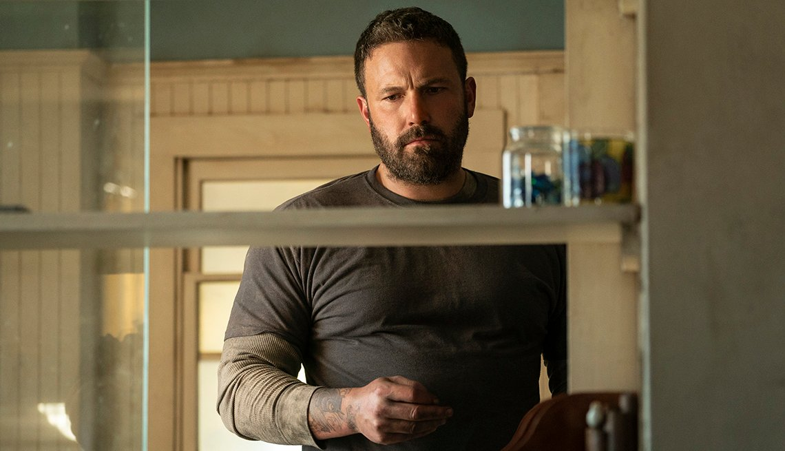 Ben Affleck como Jack Cunningham en la película The Way Back