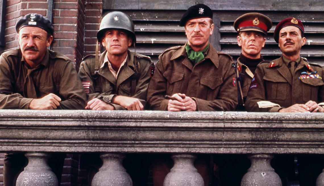 Gene Hackman Ryan O Neal Michael Caine Edward Fox and Dirk Bogarde in A Bridge Too Far