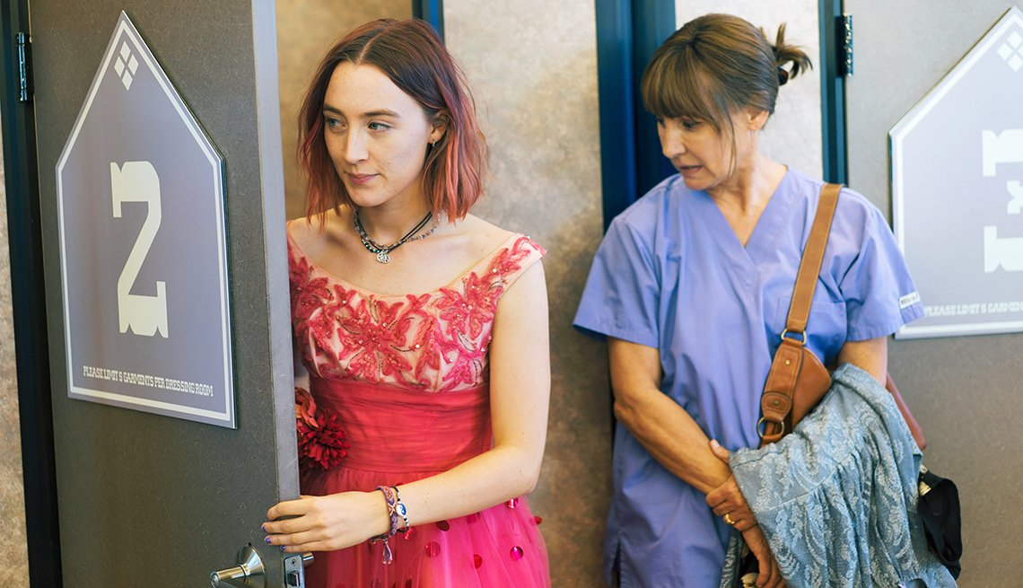 Saoirse Ronan and Laurie Metcalf in the film Lady Bird