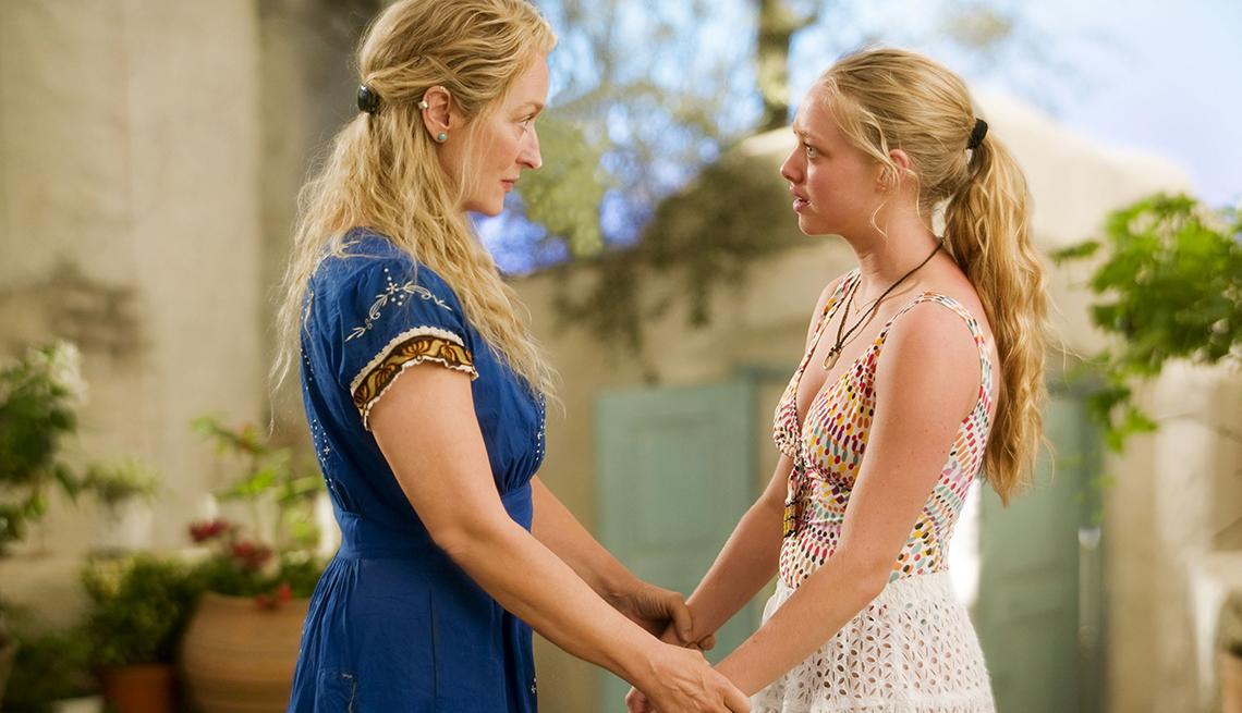 Meryl Streep y Amanda Seyfried en una escena del musical romántico Mamma Mia