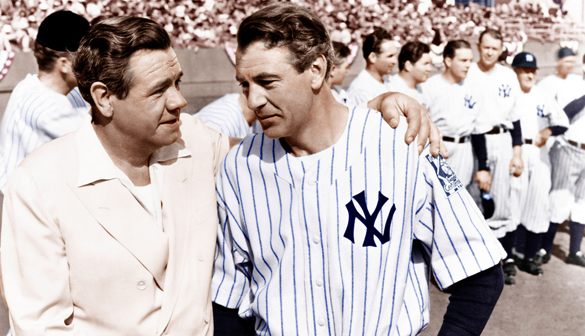 Babe Ruth shakes the hand of Gary Cooper in the film The Pride of the Yankees
