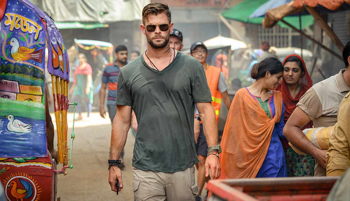 Chris Hemsworth stars in the Netflix film Extraction