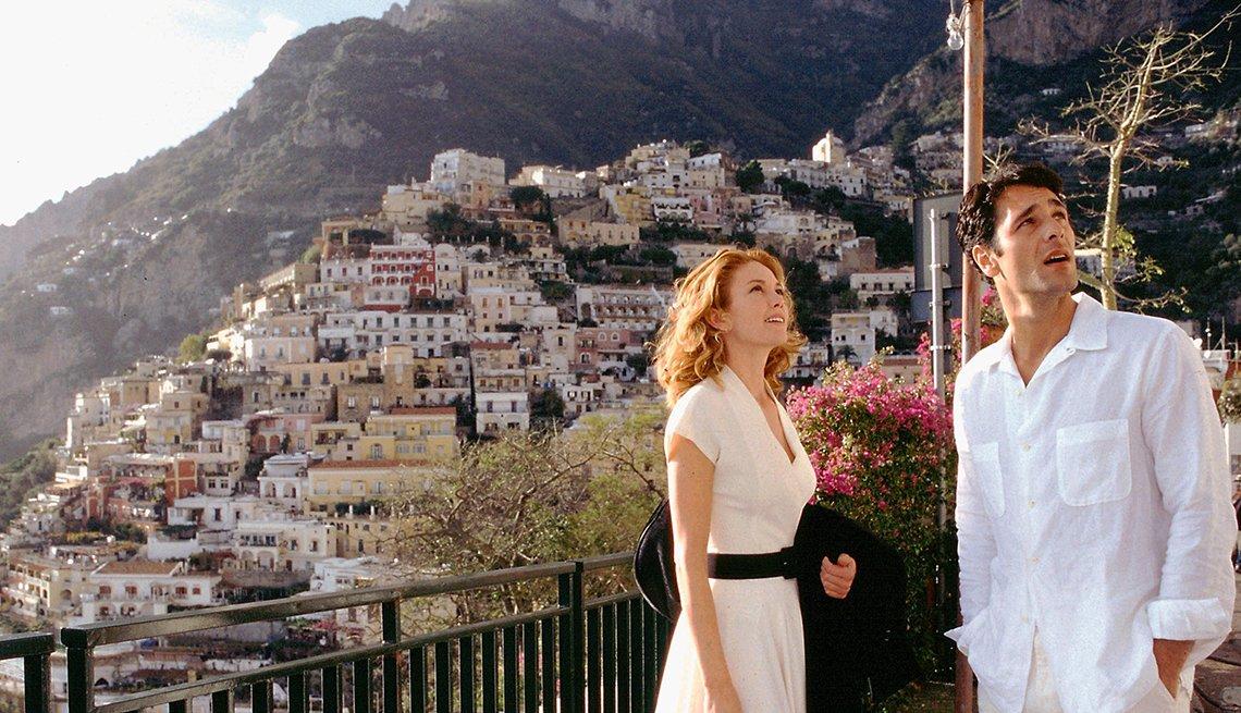 Diane Lane y Raoul Bova en una escena de Under the Tuscan Sun