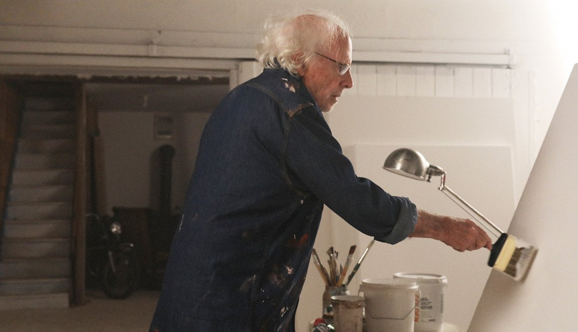 Bruce Dern as Richard Smythson in the film The Artist's Wife