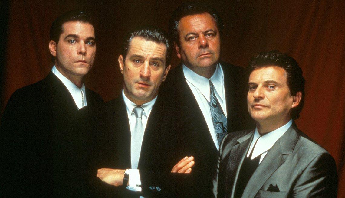 Ray Liotta, Robert De Niro, Paul Sorvino y Joe Pesci protagonizan Goodfellas.