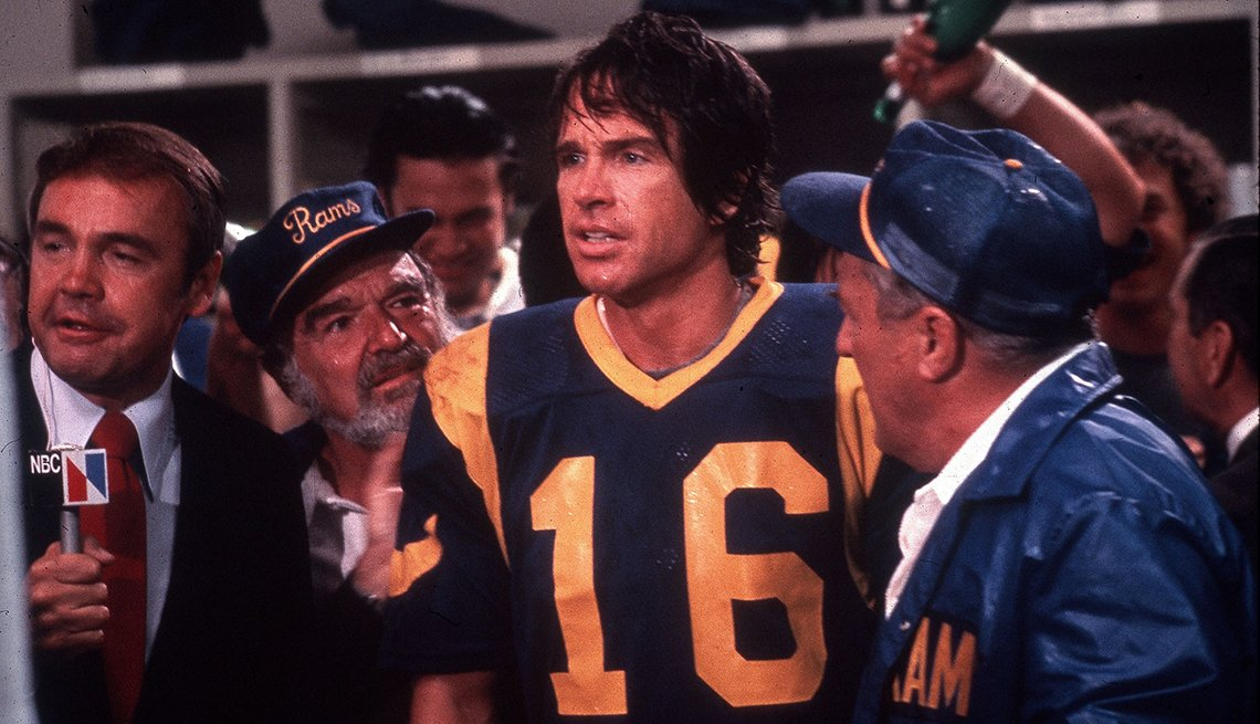 Warren Beatty wearing a Rams football uniform in the film Heaven Can Wait