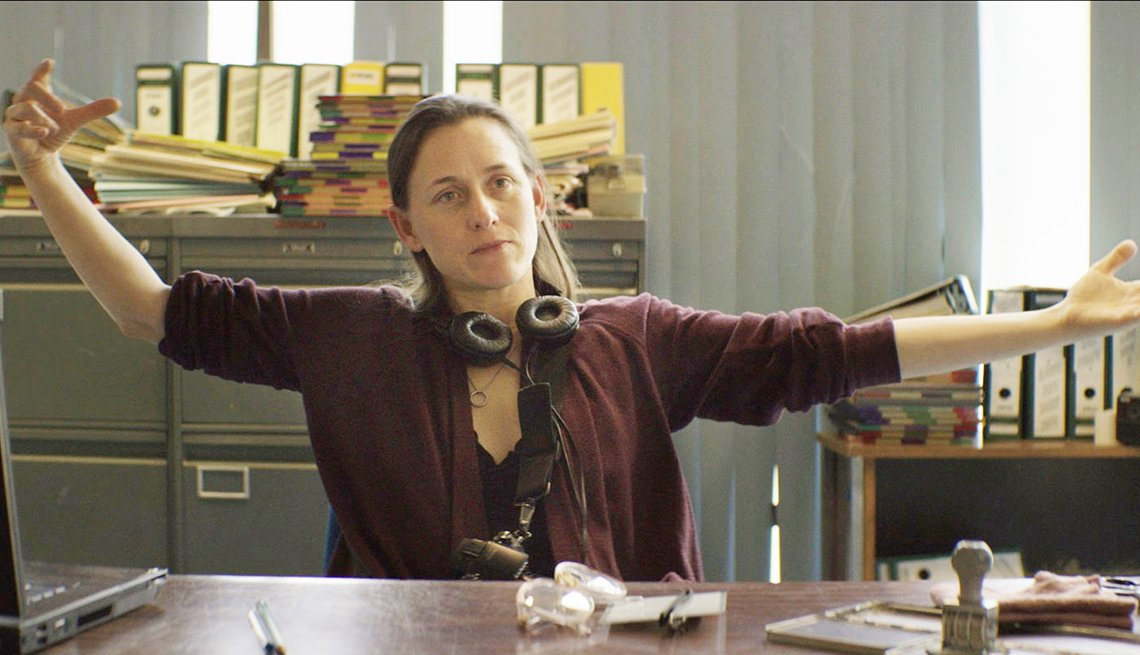 Director Natalia Almada on the set of Everything Else Todo lo demás