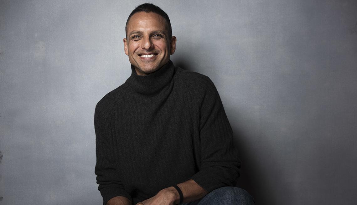 Director Peter Bratt