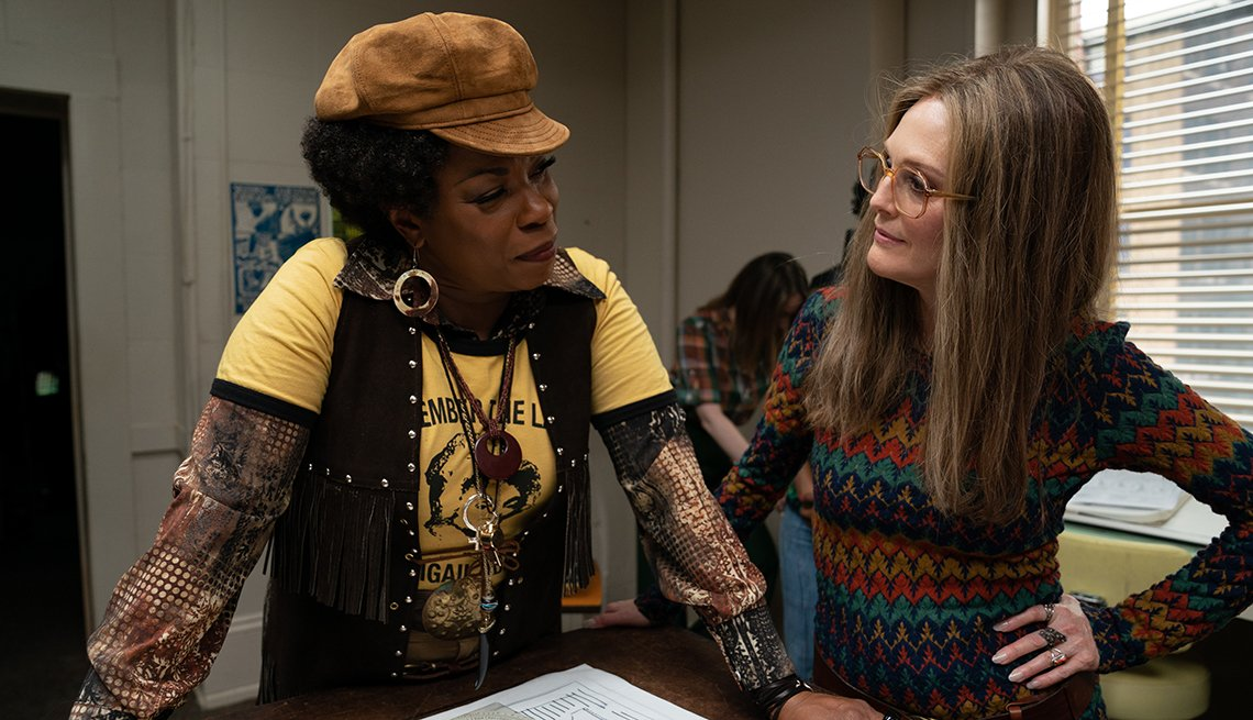 Lorraine Toussaint and Julianne Moore in a scene from the film,