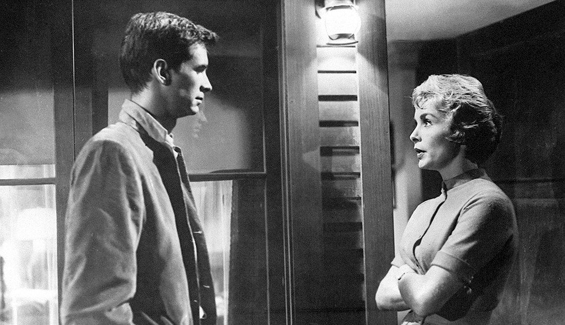 Anthony Perkins y Janet Leigh en una escena de la película Psycho