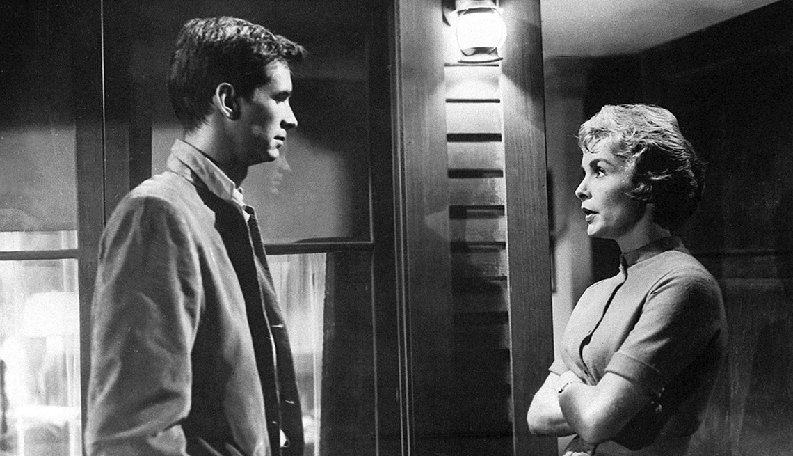 Anthony Perkins and Janet Leigh on the set of Psycho