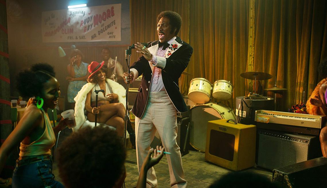 """Eddie Murphy como Rudy Ray Moore en """"Dolemite Is My Name""""."""