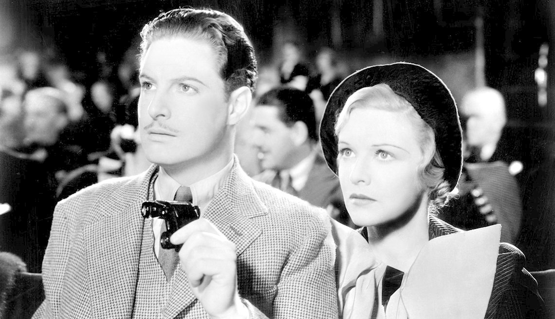 Robert Donat and Madeleine Carroll in the film The 39 Steps