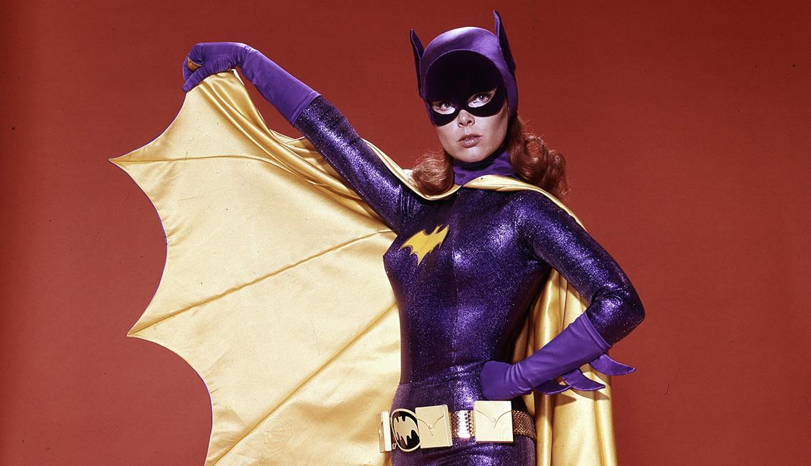 "Yvonne Craig como Batgirl en ""Batman""."