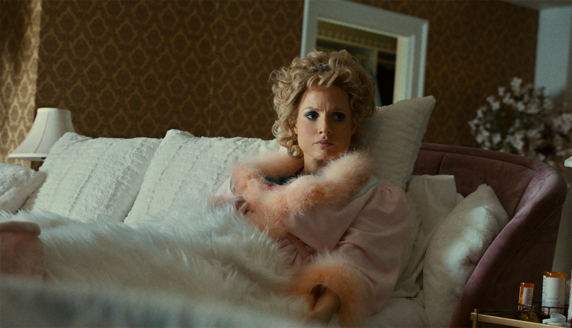 Jessica Chastain stars in the film The Eyes of Tammy Faye