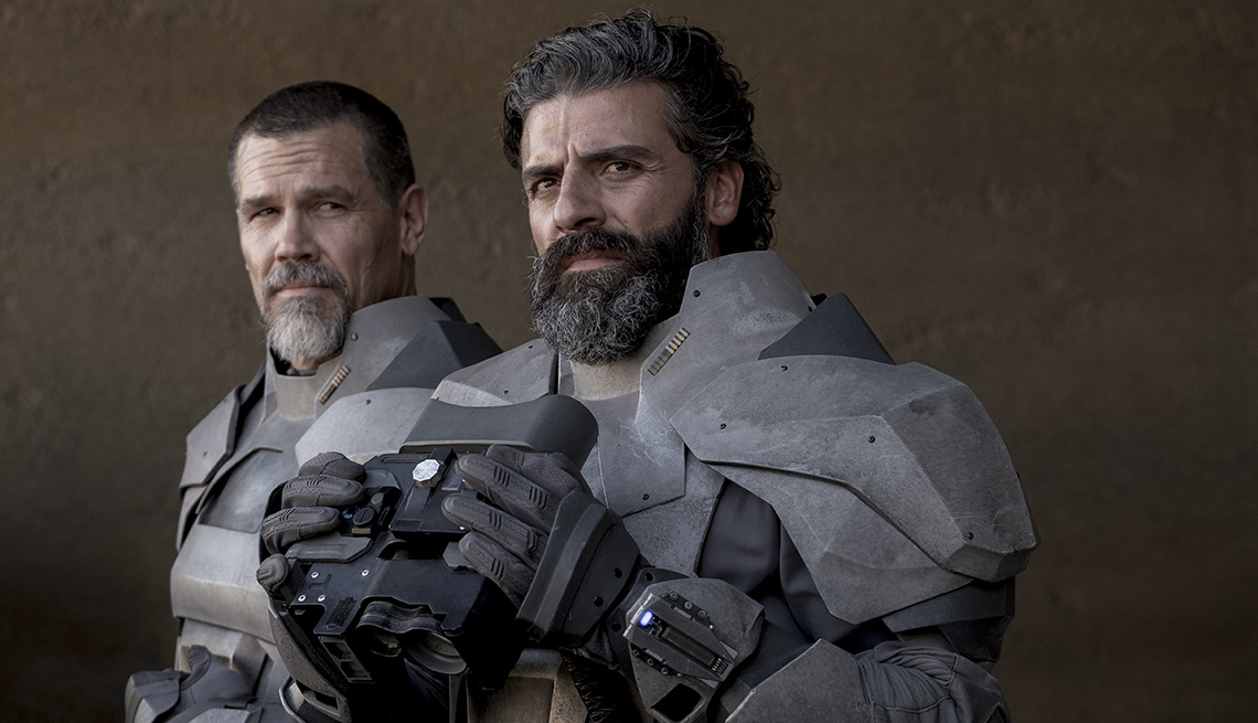 Josh Brolin and Oscar Isaac in the film Dune