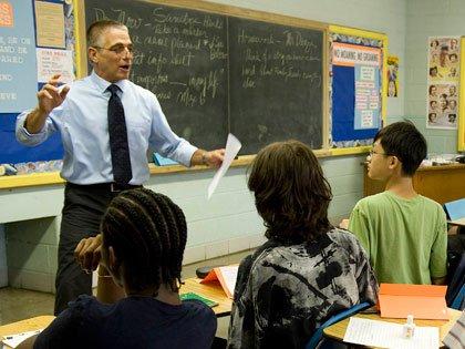 Tony Danza enseñando en la secundaria