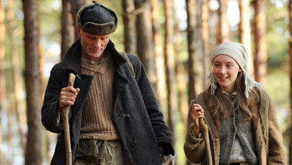 Mr Smith (Ed Harris) and Irena (Saoirse Ronan) from the movie The Way Back