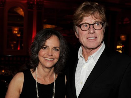 Sally Field y Robert Redford en la gala de los premios: Movies for Grownups de AARP