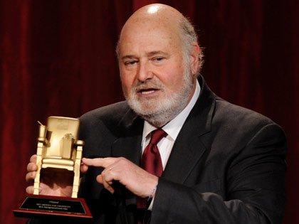 Director Rob Reiner en la gala de los premios: Movies for Grownups de AARP