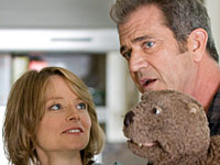 Jodie Foster and Mel Gibson in The Beaver