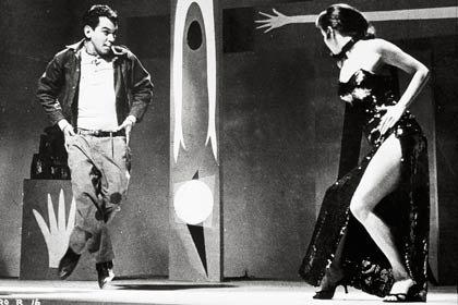 Centenario del natalicio del humorista mexicano Cantinflas - Película: El bolero de Raquel