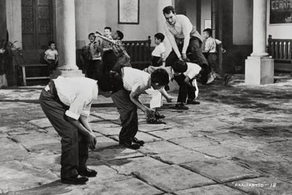 Centenario del natalicio del humorista mexicano Cantinflas - Película: El analfabeto