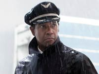 Denzel Washington es Whip Whitaker en la película - Flight