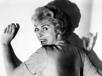 Janet Leigh en la película de Alfred Hitchcock Psycho de 1960 - Clasicos de suspenso y terror cobran vida