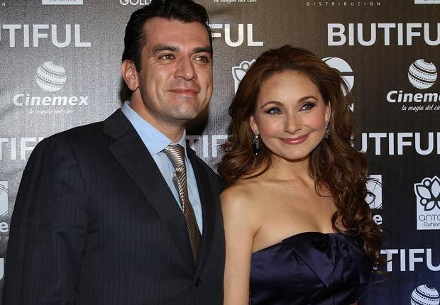 Jorge Salinas y Elizabeth Alvarez - Parejas hispanas de celebridades
