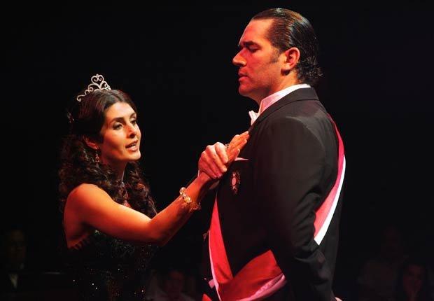 Mayrín Villanueva y Eduardo Santamarina  - Parejas hispanas de celebridades