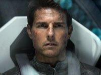 Tom Cruise en la película Oblivion