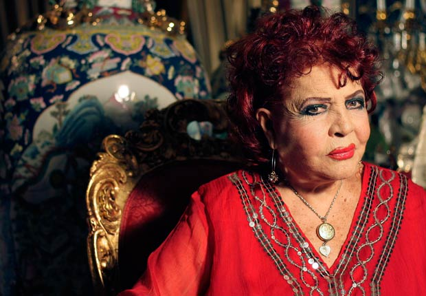 La artista española Sara Montiel asiste a su fiesta de cumpleaños número 85 el 8 de marzo de 2013 en Madrid, España.