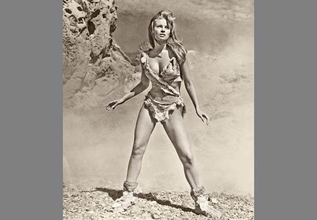 raquel Welch en el afiche de la película One Million Years, DC, 1966