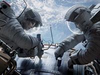 Sandra Bullock y George Clooney en la película Gravity