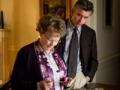 Judi Dench y Steve Coogan en la película Philomena