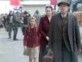 Sophie Nelisse, Emily Watson, Geoffrey Rush en la película The Book Thief