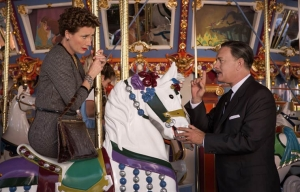 Emma Thompson y Tom Hanks protagonizan la película Saving Mr. Banks