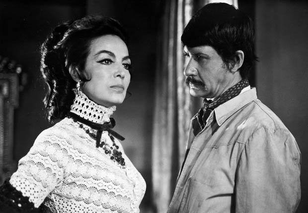 María Félix en Generala, 1970 - 10 películas clásicas mexicanas con María Félix.