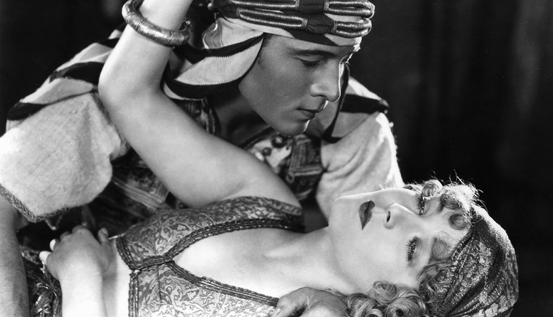 Rodolfo Valentino, latin Lover del cine