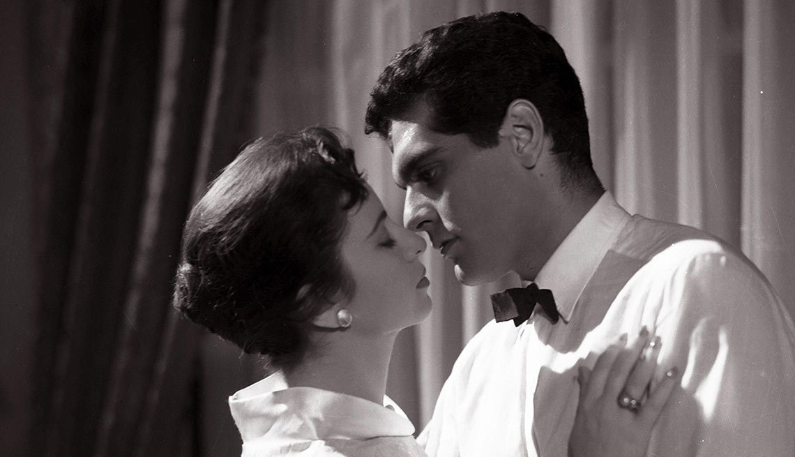 Omar Sharif y su esposa y también actriz, Faten Hamama en Lady of the Palace