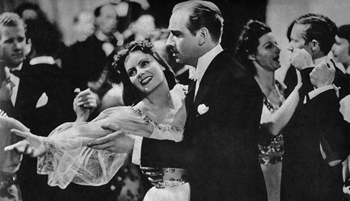 Greta Garbo como Anna Karenina - Greta Garbo, recuento de su carrera en imágenes