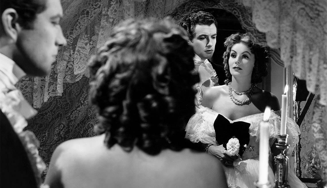 Greta Garbo como Camille - Greta Garbo, recuento de su carrera en imágenes