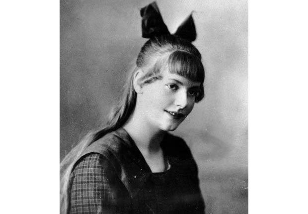 Greta Garbo, recuento de su carrera en imágenes