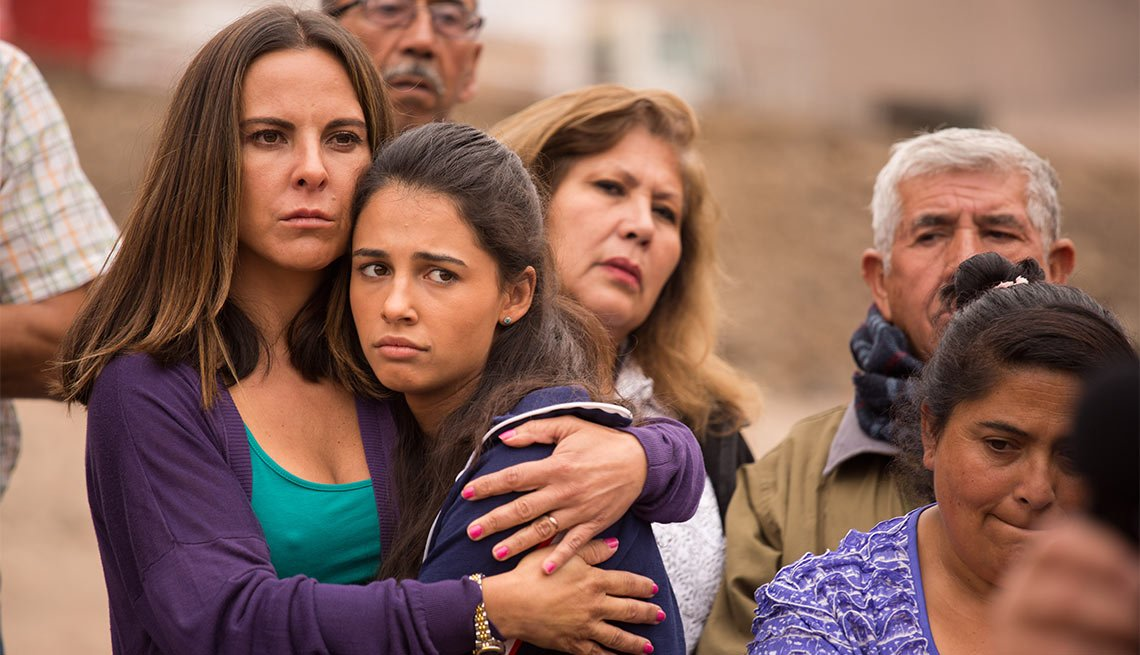 Kate del Castillo como Katty en Los 33 - 5 años después del rescate de los 33 mineros chilenos
