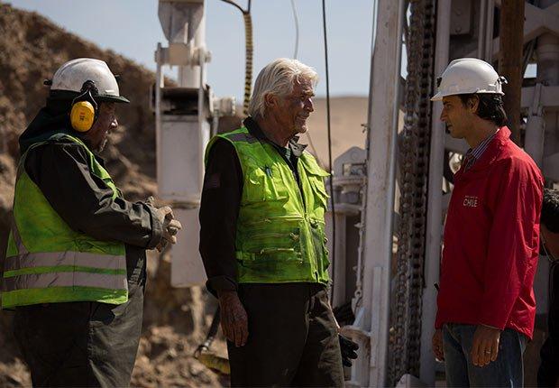 James Brolin como Jeff Hart en Los 33 - 5 años después del rescate de los 33 mineros chilenos