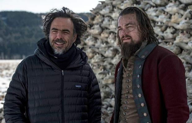 Alejandro G. Iñárritu y Leonardo DiCaprio en una de las locaciones exteriores de la película The Revenant
