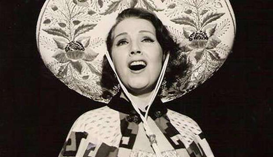 Lamarque canta canciones de María Grever (1953). Películas y carrera de Libertad Lamarque