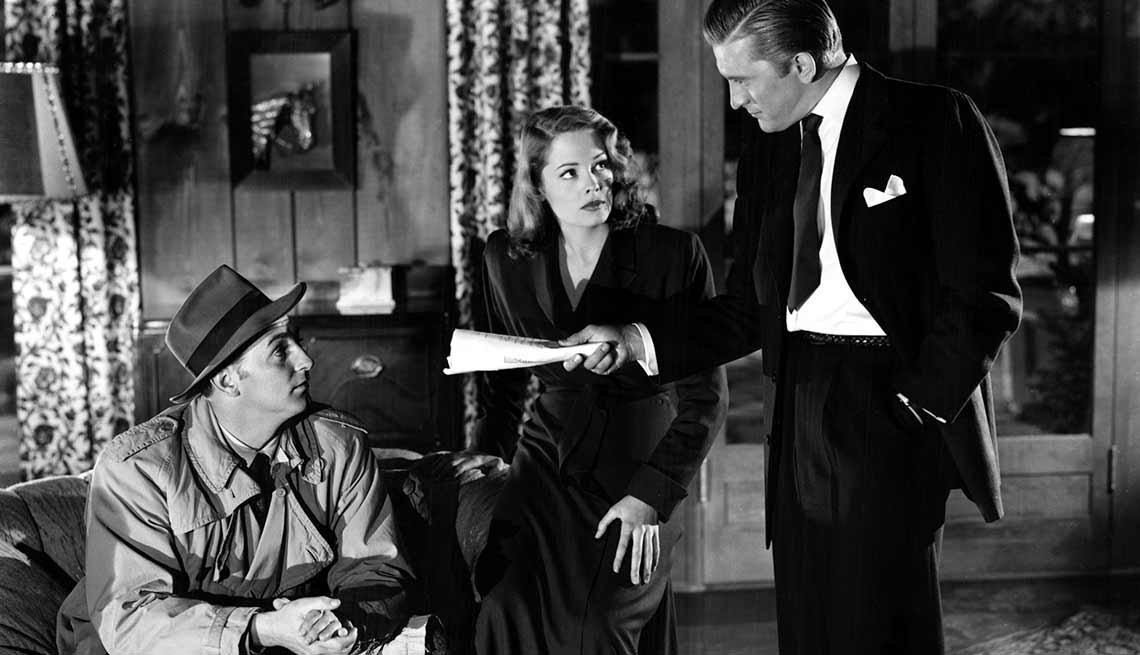 Kirk Douglas cumple 100 años - En una escena de la película Out of the Past